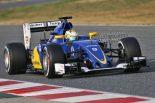 F1   ザウバーのエリクソン「楽しくないが重要な仕事」で昨年型走り納め