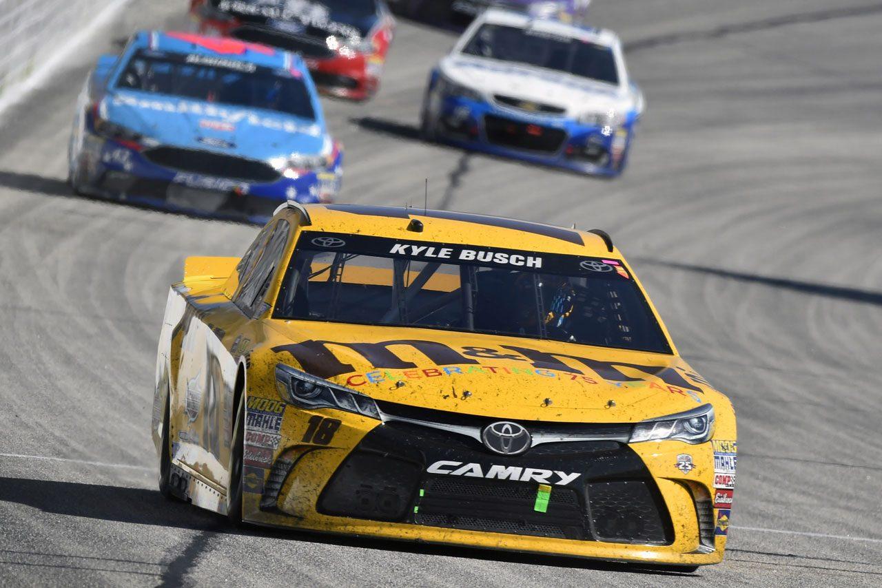 NASCAR第2戦、トヨタ・カムリが2戦連続表彰台(4)