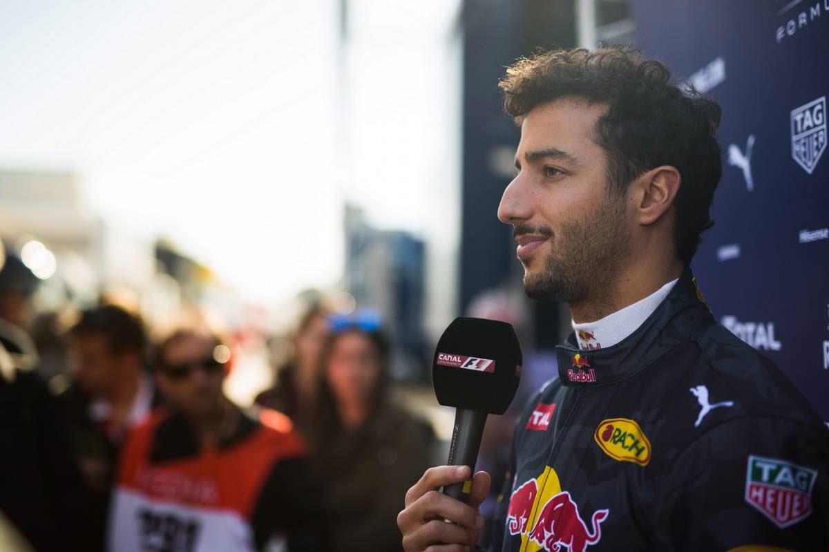 元F1世界王者、キミの後任候補にリカルドを推薦