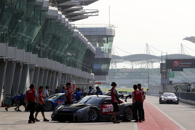 スーパーGT | セパンで恒例のスーパーGTテスト開催中。GT500は10台、GT300は3台が参加