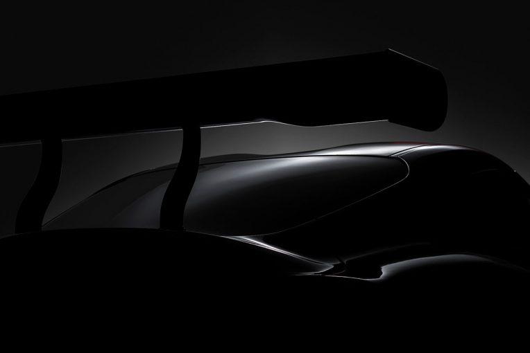 トヨタはジュネーブショーで発表する「トヨタのアイコン的スポーツカーの復活を示唆する現代版レーシングコンセプト」のティザー画像