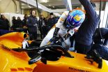 "F1 | マクラーレン・ルノーF1の初走行を終えたアロンソ、""良い時代の到来""を宣言「表彰台、そして優勝を目指す」"