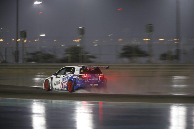 海外レース他 | TCR中東:バーレーンでまさかの豪雨。レース2キャンセルも、17歳最年少王者が誕生