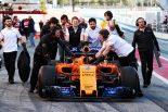 F1 | 【F1合同テスト2回目デイ1午前・タイム結果】トラブル発生のマクラーレンはわずか7周