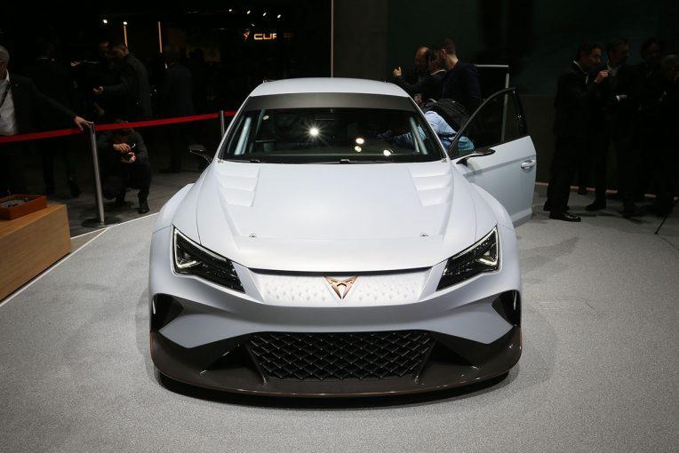 海外レース他 | 電動ツーリングカーレース『E TCR』の車両概要発表。シビック・タイプRなど既存のTCRも転用可