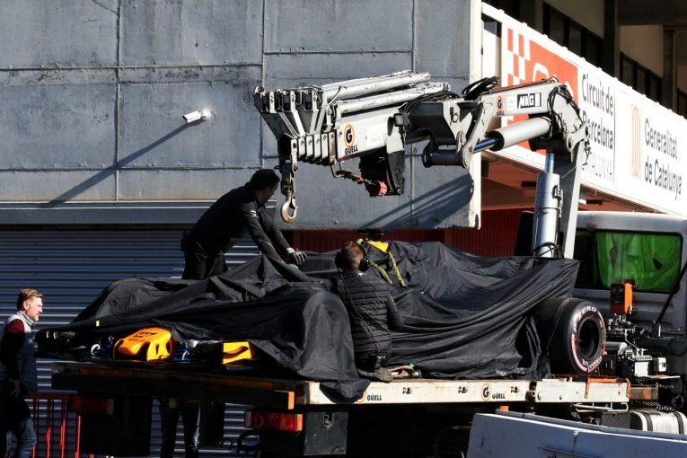 F1 | マクラーレンに再びトラブル。コース上でマシンがストップ/第2回F1バルセロナテスト4日目_午前
