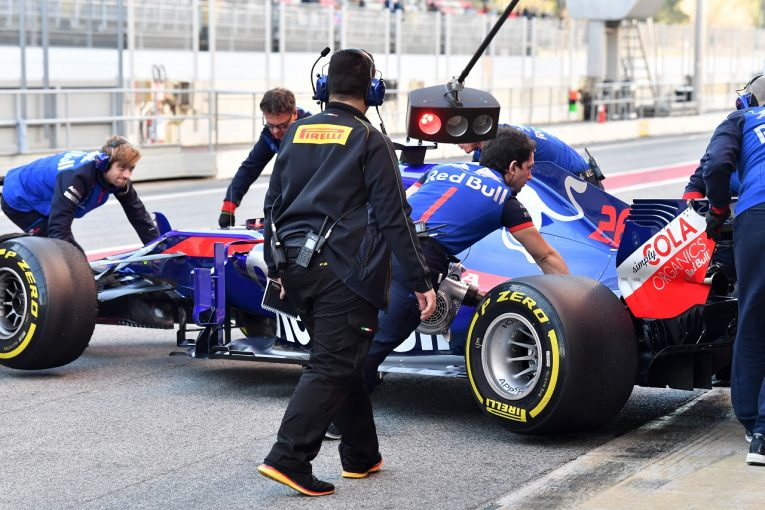 "F1   トロロッソ、パワーユニットの""小さなトラブル""で走行切り上げも「ホンダは2週間ほぼ完璧だった」と感謝"