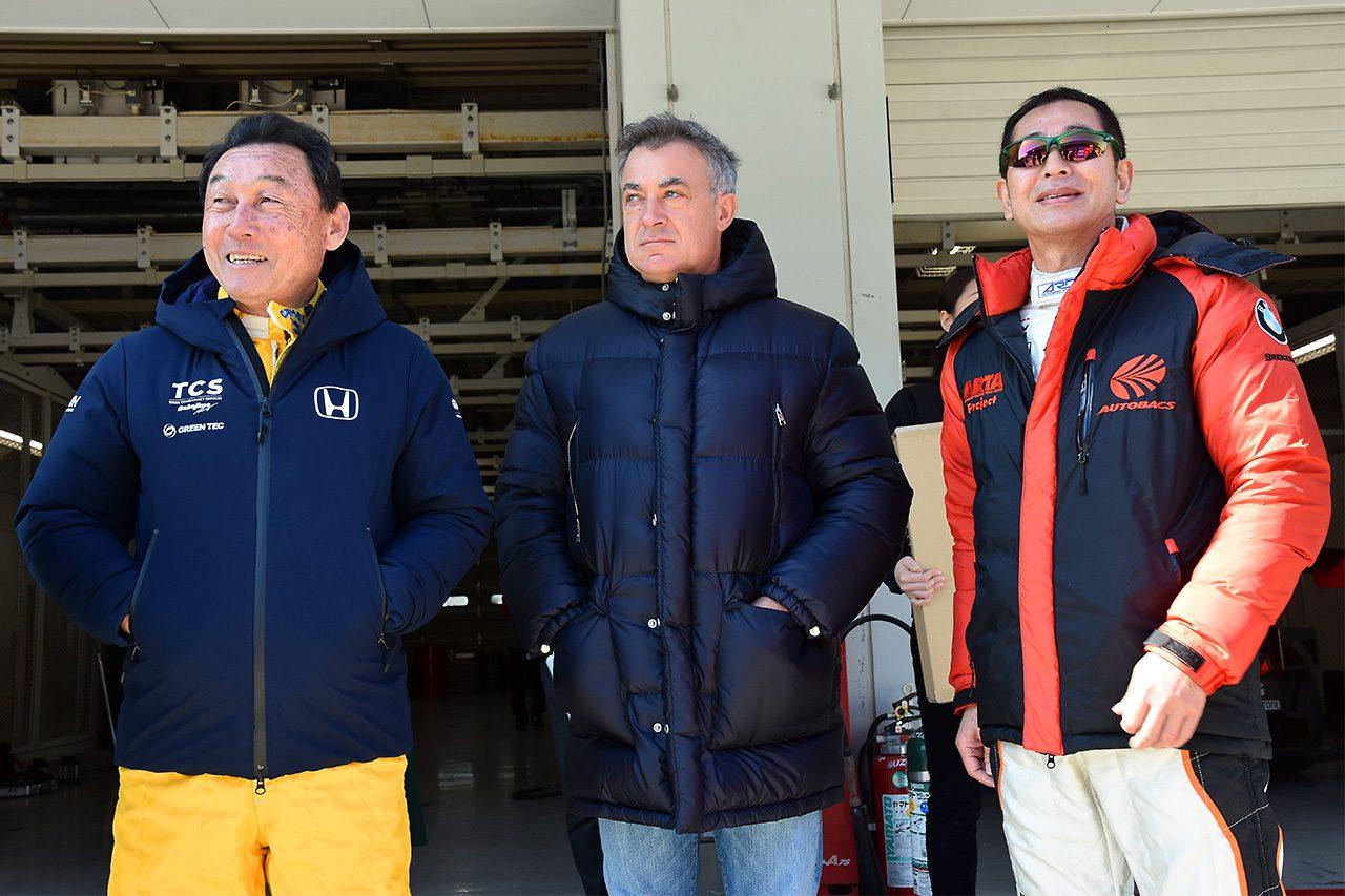鈴鹿ファン感は豪華ドライバー&ライダー、マシンが集結し今年もイベント盛りだくさんの初日に