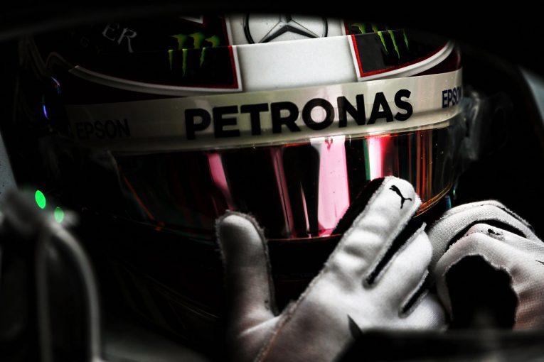 F1   【動画】5度目のチャンピオン獲得を目指すハミルトン「レースが僕を燃え上がらせる」