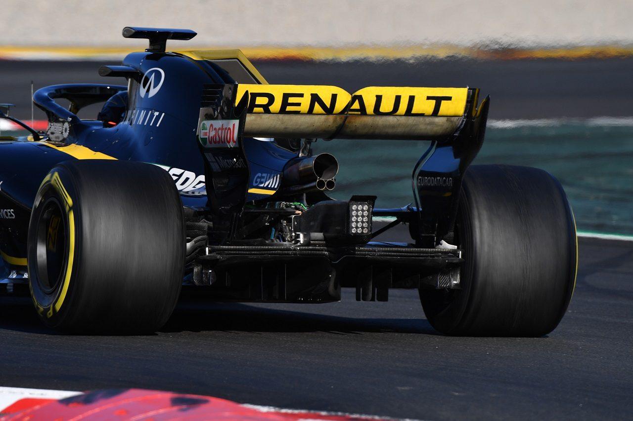 2018年F1プレシーズンテストで走るルノーR.S.18