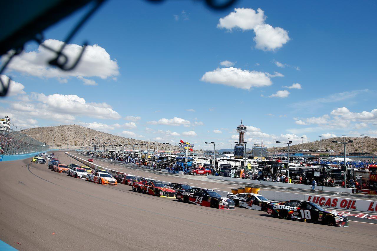 NASCAR:TOYOTA GAZOO Racing 2018第4戦フェニックス レースレポート