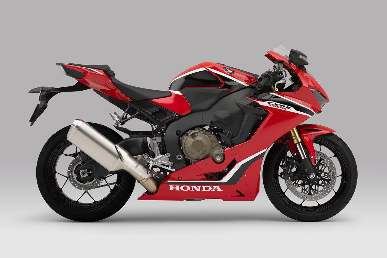 ホンダ、スーパースポーツ『CBR1000RR』3モデルのカラーを一部変更。最上位『SP2』は台数限定