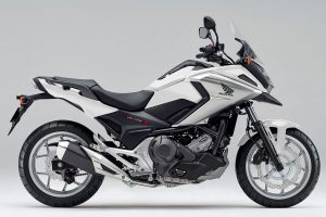 NC750X Dual Clutch Transmission<ABS>E Package(パールグレアホワイト)