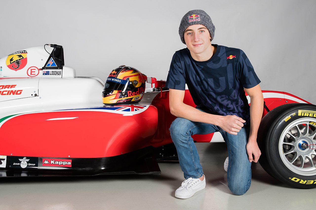 ミック・ドゥーハンの息子ジャックが四輪デビューへ。3カ国のFIA-F4に挑戦