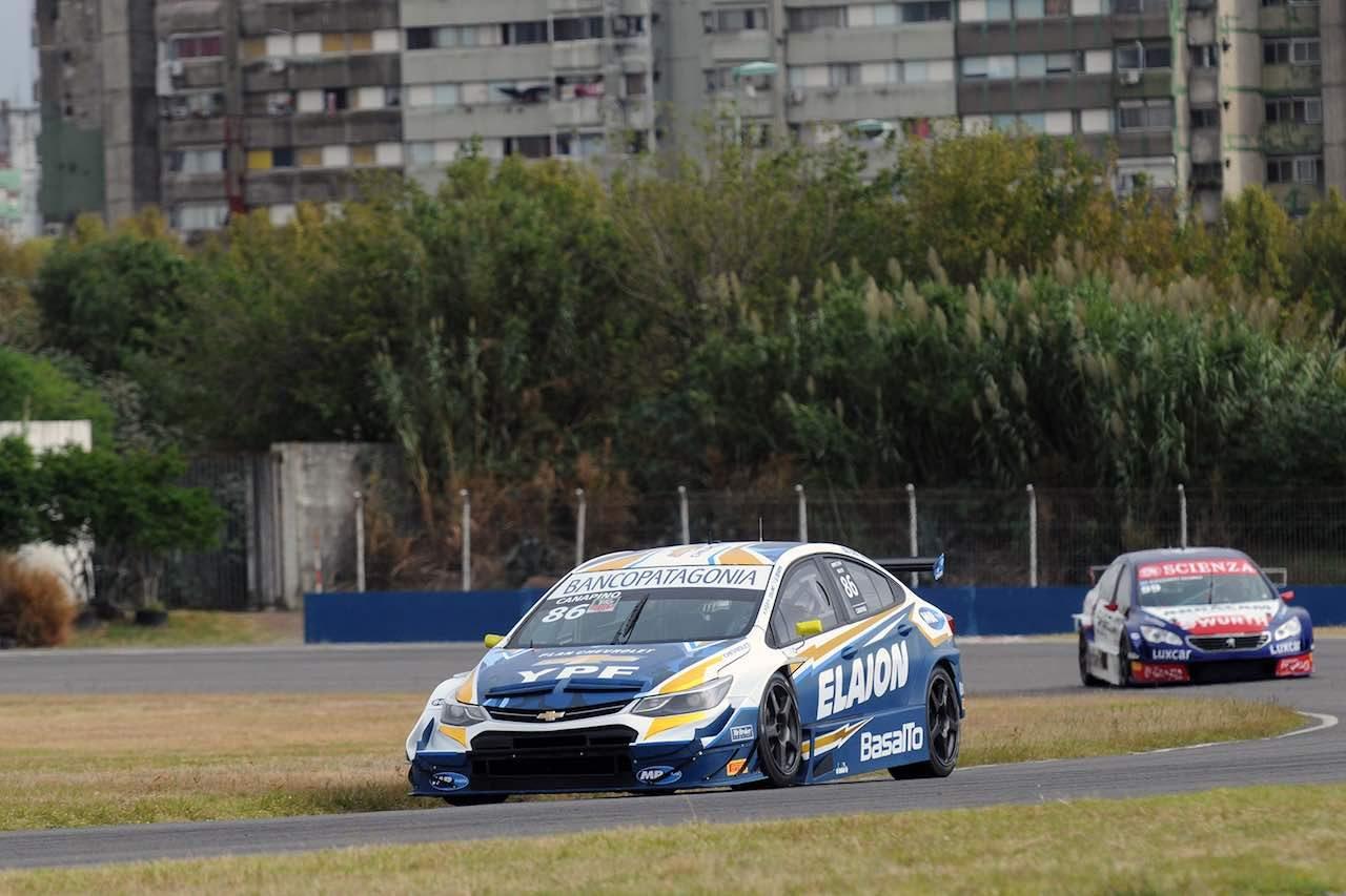 STC2000:開幕戦ブエノスアイレスは王者ルノー・フルーエンスGTが2連勝