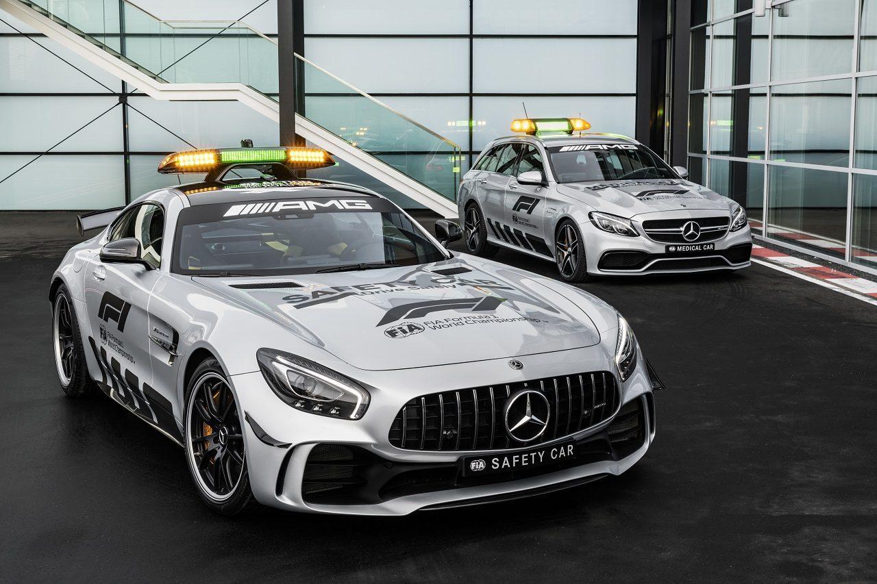 2018年F1セーフティカーとなるメルセデスAMG GT RとメディカルカーのAMG C 63 Sエステート