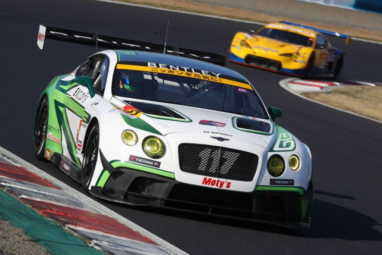 スーパーGT岡山公式テストに参加したEIcars BENTLEY
