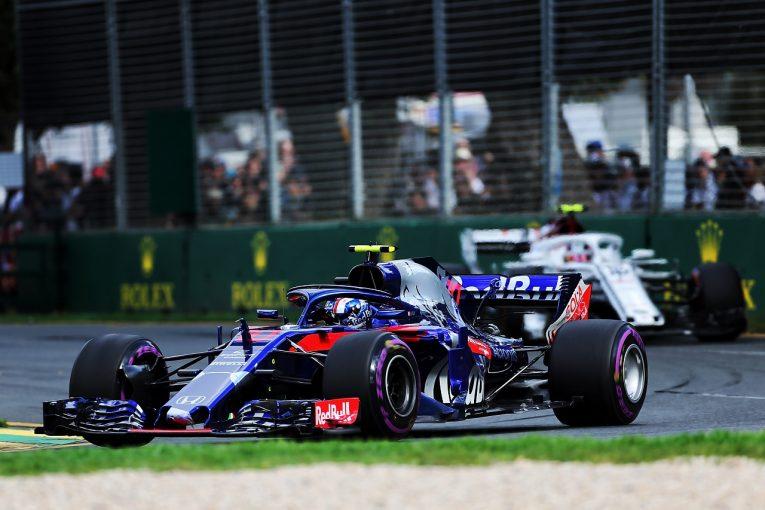 F1   ホンダF1、ガスリーのリタイア原因はパワーユニットのMGU-Hの問題と発表「厳しい幕開け。第2戦に向け対策を講じる」