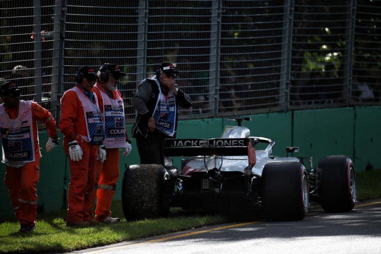 F1 | 【動画】ピット作業のミスにより無念のダブルリタイアを喫したハース