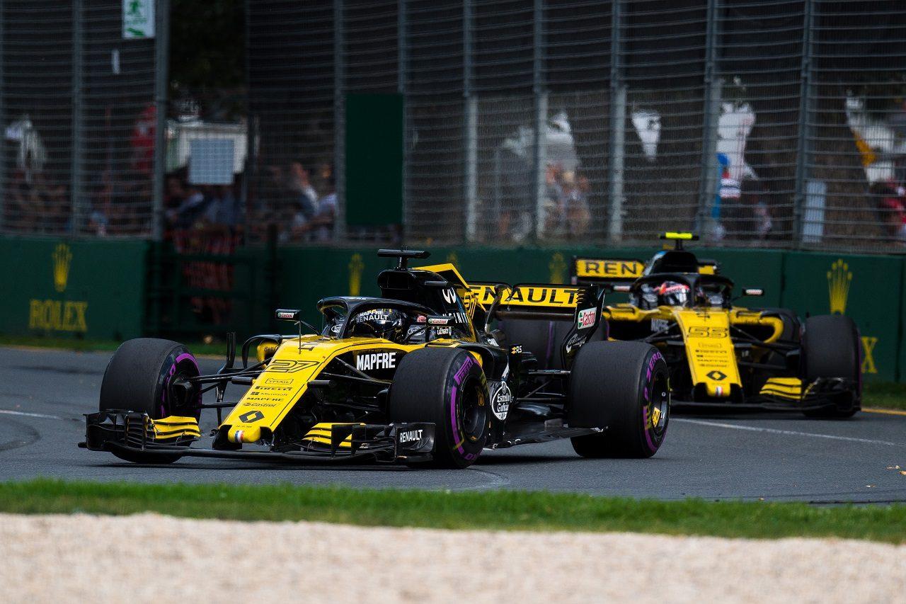 2018年F1第1戦オーストラリアGP ニコ・ヒュルケンベルグとカルロス・サインツJr.(ルノー)