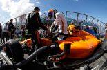 F1 | 【F1オーストラリアGP 無線レビュー】5位入賞のアロンソが歓喜の叫び「僕らはようやく戦えるんだ!」