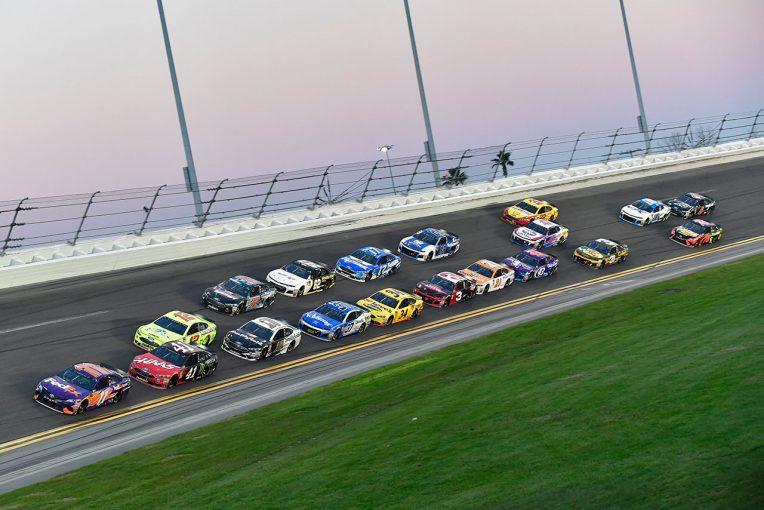 海外レース他 | NASCAR:2019年の開催スケジュール発表。開幕デイトナ500は2019年2月17日開催