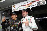 GT300クラスのポールポジションを獲得した平峰一貴とマルコ・マッペリ(マネパ ランボルギーニ GT3)