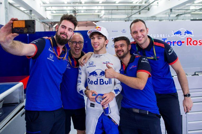 F1 | トロロッソ・ホンダのガスリー、望外の予選6番手に大満足「マクラーレンに勝ったことも嬉しい。大量得点を狙う!」