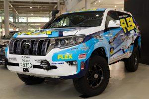 哀川翔がアジアクロスカントリーラリーでドライブするトヨタ・ランドクルーザー・プラド