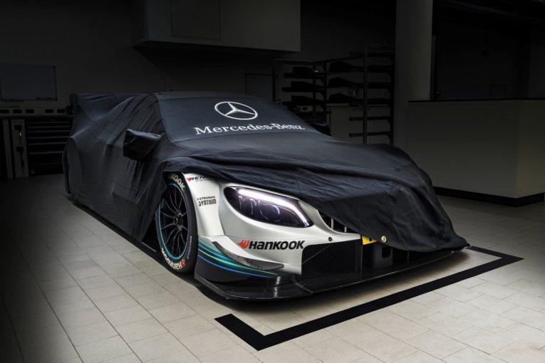 海外レース他   DTM:参戦3メーカー、2018年仕様のカラーリングを公開。公式テストも開始