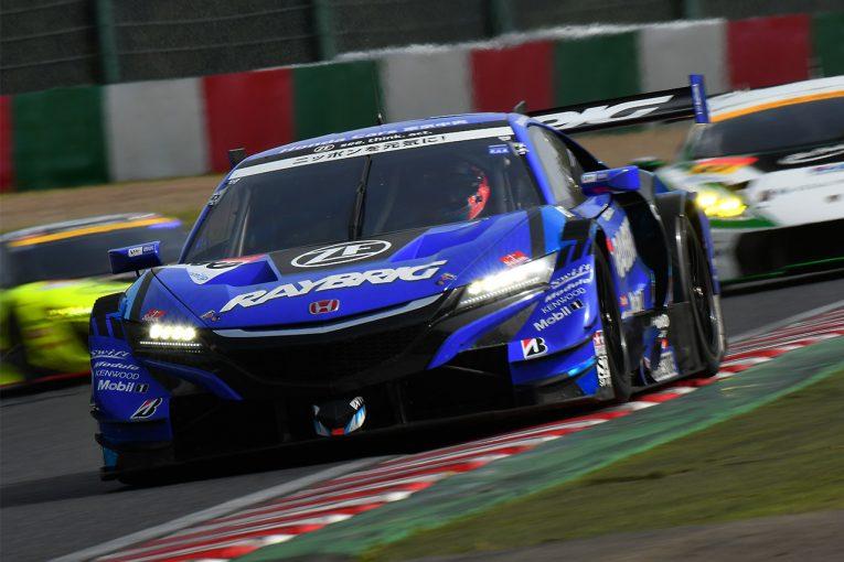 スーパーGT | バトン一閃! スーパーGT鈴鹿公式テスト初日トップタイムはRAYBRIG NSX-GTがマーク