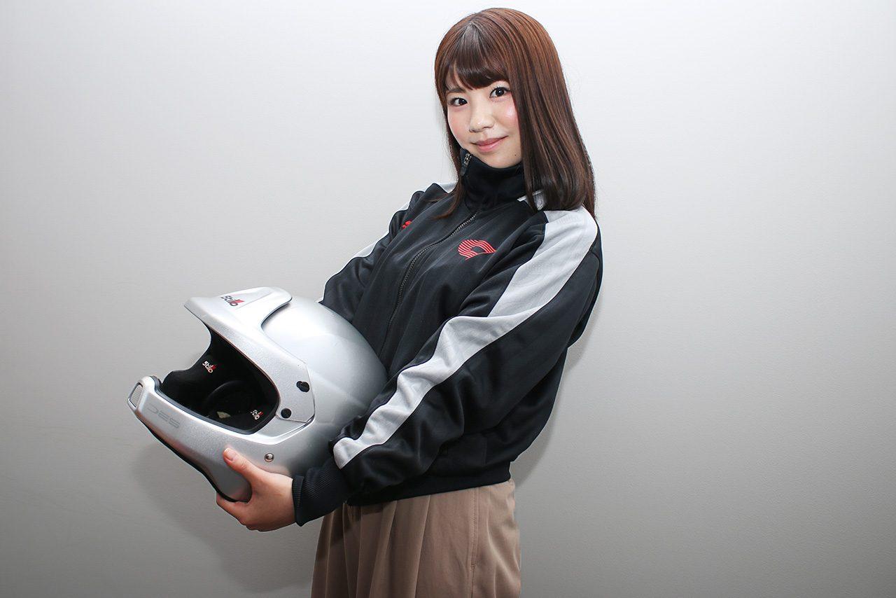 SKE48卒業生の梅本まどか、コドライバーデビューを「モータースポーツを深く知る」きっかけに