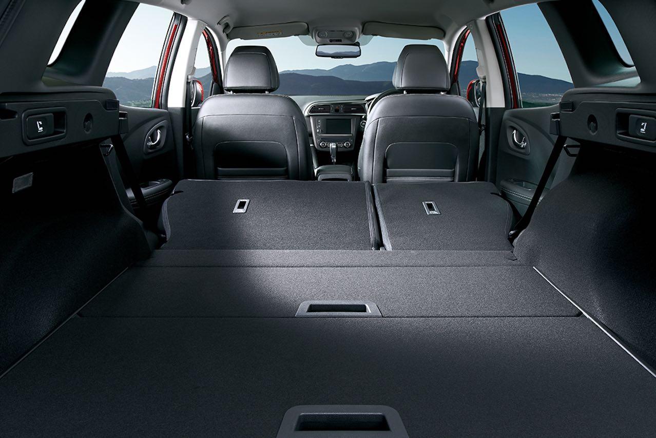 レザーシート標準化で装いも新たに。新SUV『ルノー・カジャー』が日本上陸
