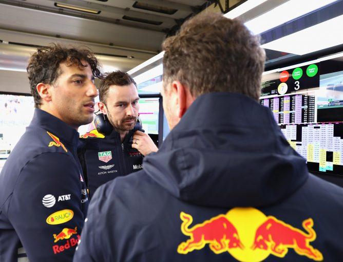 F1   F1中国GPで劇的な勝利を飾ったリカルド、2019年以降については2年契約を目指すと明言