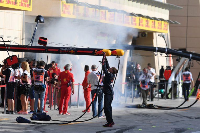 F1 | フェラーリF1の白煙にライバルからクレームも、FIAは違法性なしと静観