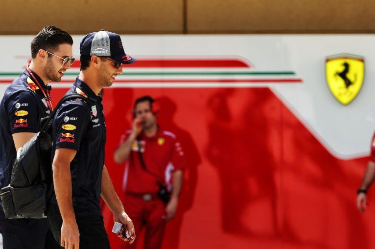 F1 | リカルドとフェラーリの交渉期限は6月末か。レッドブルも決断を迫る?