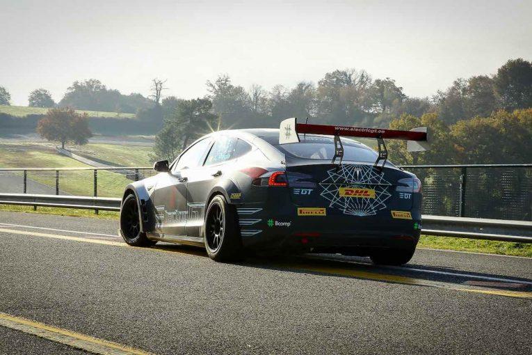 海外レース他 | テスラのワンメイク電動GT選手権は10月開幕、全10戦のカレンダー発表