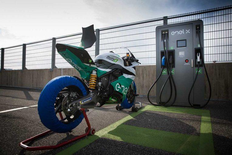 MotoGP   125ccチャンピオンのニコラス・テロルがMotoE参戦。アンヘル・ニエト・チームからグランプリ復帰