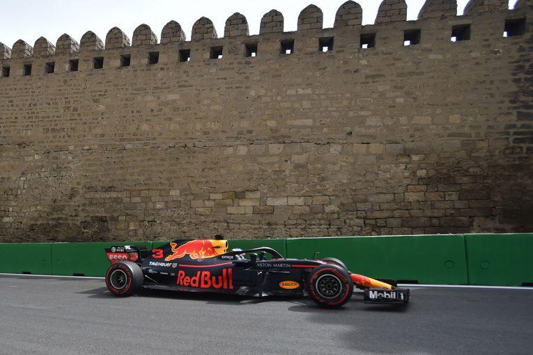 F1 | F1アゼルバイジャンGP FP2:初日最速はリカルド、トップ10圏外のベッテルは余裕の表情