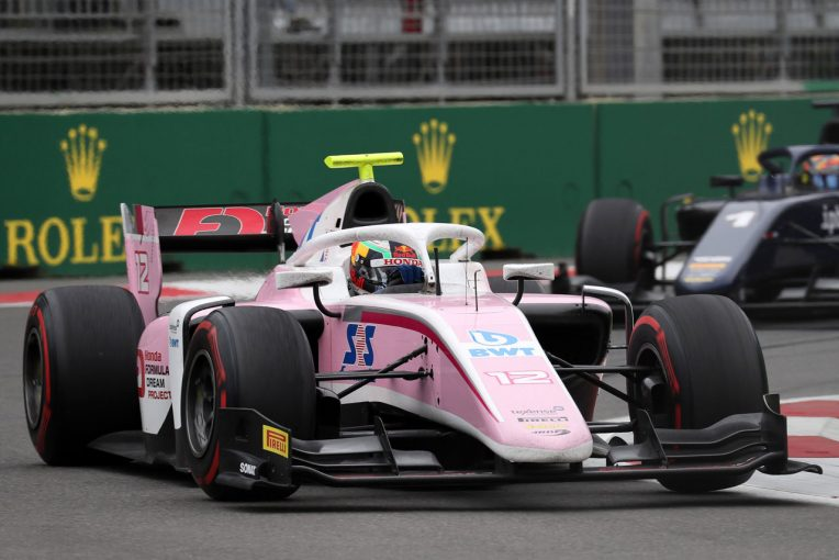 海外レース他 | FIA F2第2戦アゼルバイジャン レース2:ラッセルがトップチェッカー。牧野、福住は入賞ならず