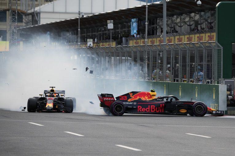 F1 | リカルド「インが空いたと思って飛び込んだ。チームに申し訳なくて胸が張り裂けそうだ」レッドブル F1アゼルバイジャンGP日曜