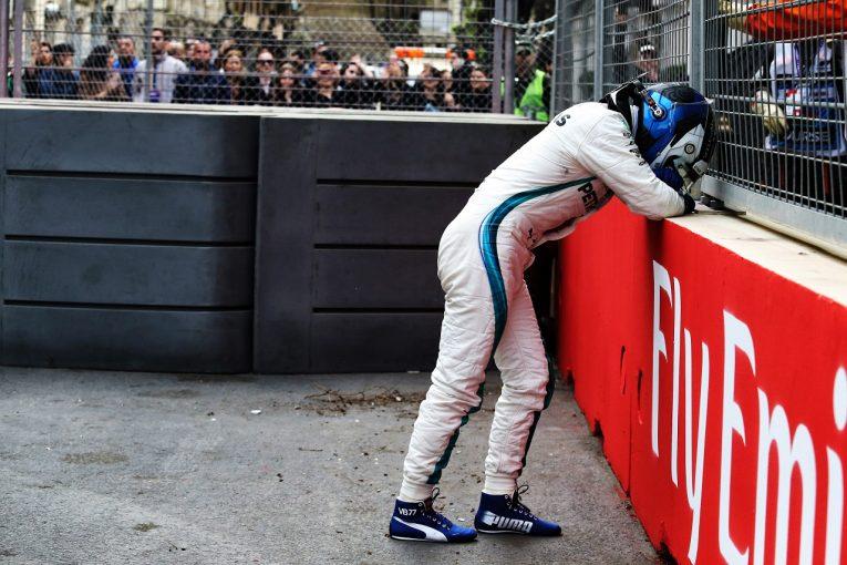F1 | ボッタス「勝利をパンクで失い、ショックを受けている。ビールを飲んで忘れるしかない」メルセデス F1アゼルバイジャンGP日曜