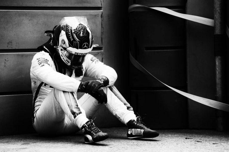 F1   優勝目前のボッタスに襲いかかった悪夢【今宮純のF1アゼルバイジャン決勝分析】