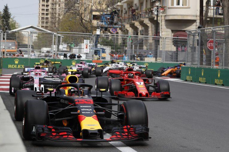 F1 | F1のオーバーテイク促進策が2019年に向けて承認。ウイングデザイン変更で接近戦を可能に