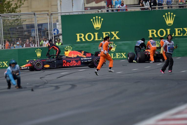 F1 | 「同士討ちのドライバーたちには損失の弁償をさせるべき」とラウダ