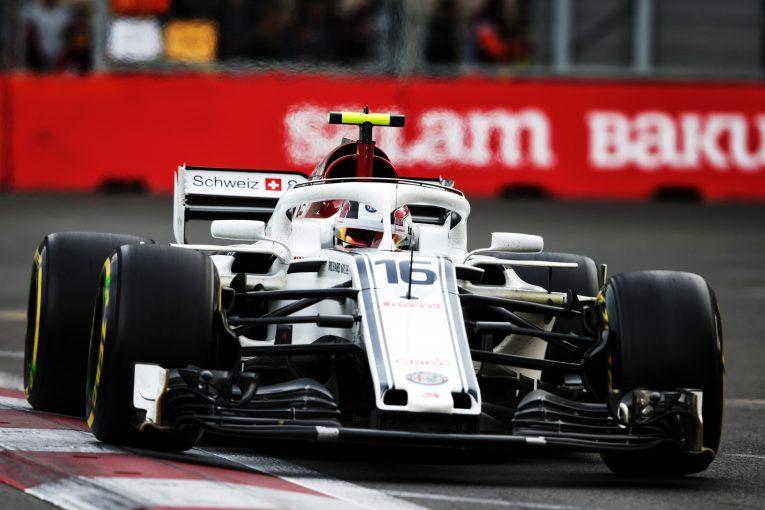 F1 | 幼少期のヒーロー、アロンソとのバトルを制したルクレール「信じられない」とF1アゼルバイジャンGPを振り返る