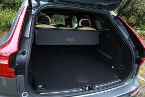 SUVで重要となるトランクも大容量。
