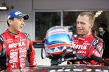 スーパーGT第2戦富士で見事優勝を飾ったMOTUL AUTECH GT-Rの松田次生とロニー・クインタレッリ
