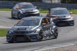 海外レース他 | 予選直前のBoP変更もなんのその。STCC開幕戦でセアト・クプラTCRが表彰台独占