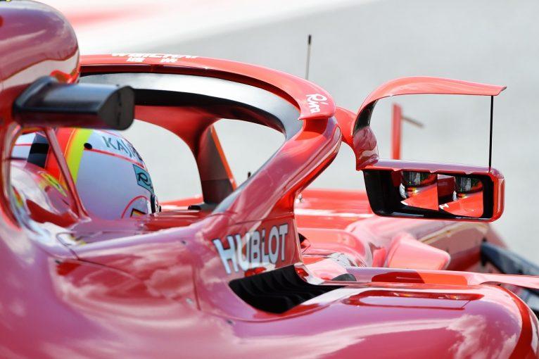 F1   フェラーリのウイングレット付きハロミラーが1戦のみで消滅へ。FIAが禁止の意向示す